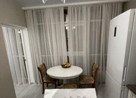 Снять - фото. Снять трехкомнатную квартиру посуточно без посредников, Сочи, Виноградная улица, 206 - фото.